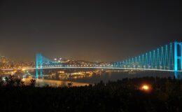 Boszporusz híd este